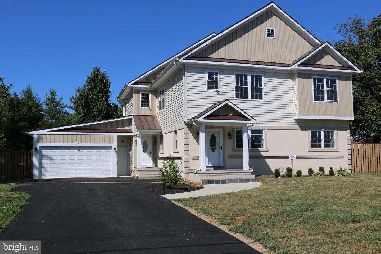 Springfield                                                                      , VA - $864,500