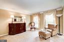cozy living/sitting room - 25272 RIPLEYS FIELD DR, CHANTILLY