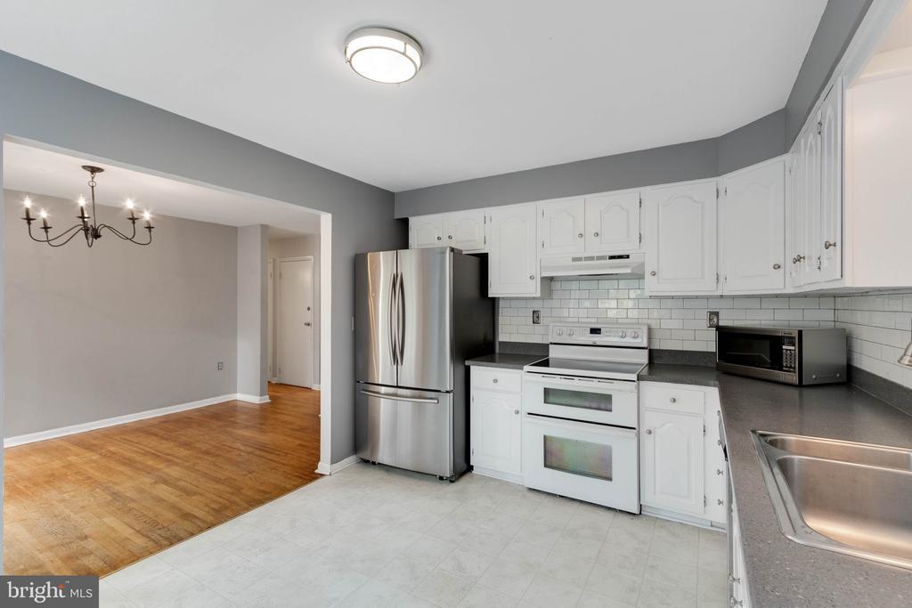 Kitchen - 37831 DEERBROOK LN, PURCELLVILLE