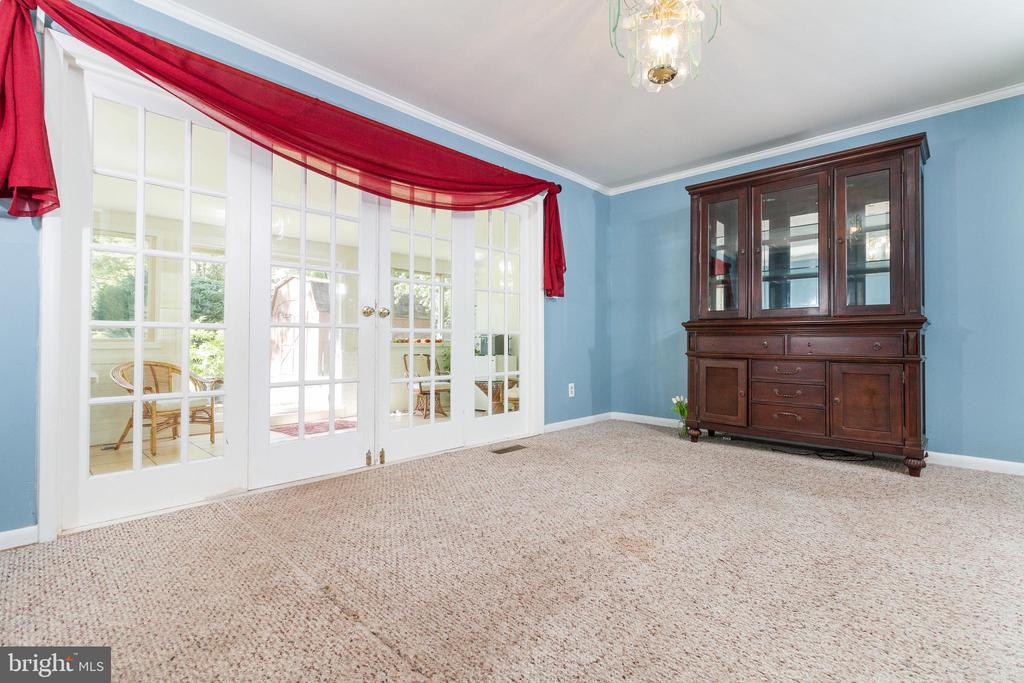 Separate Dining Room - 1113 SPOTSWOOD DR, SILVER SPRING