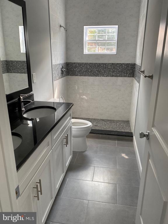 Master Bathroom - 1114 51ST PL NE, WASHINGTON