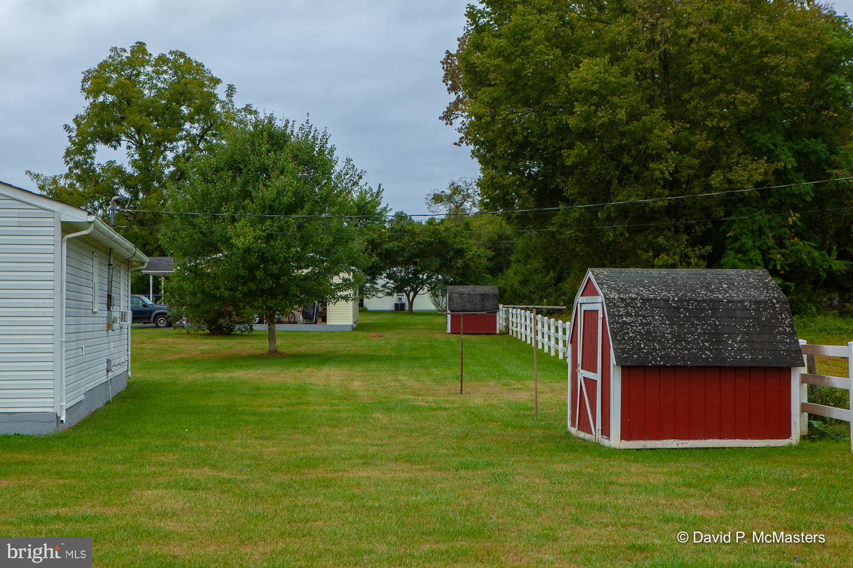 Additional photo for property listing at  Shepherdstown, 웨스트버지니아 25443 미국