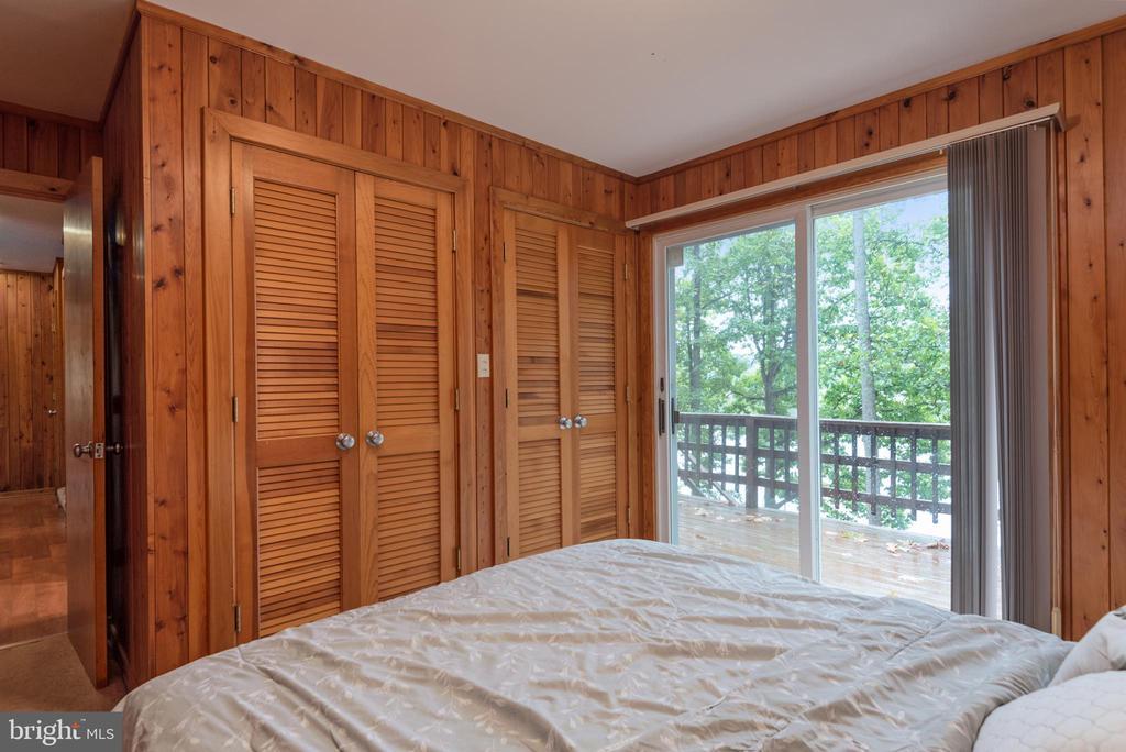 MAIN LEVEL BEDROOM - 7313 OAKWOOD DR, ORANGE