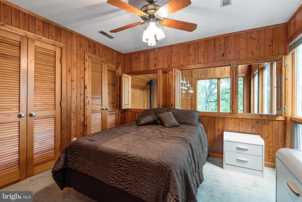 MASTER BEDROOM W/ENSUITE - 7313 OAKWOOD DR, ORANGE