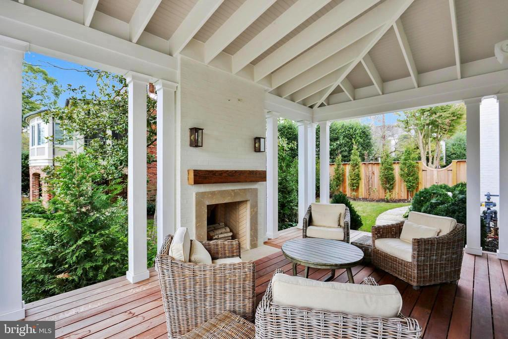 12x20 covered terrace w/ fireplace off family room - 6404 GARNETT DR, CHEVY CHASE