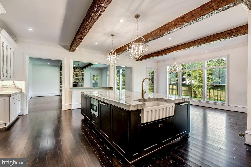 Kitchen open to Family and Breakfast Rooms - 8533 GEORGETOWN PIKE, MCLEAN