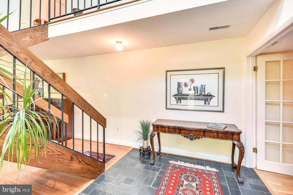 Light pours into your two story Foyer - 10733 CROSS SCHOOL RD, RESTON