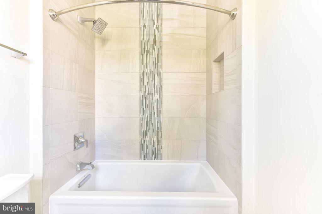 Bathroom - 706 KINGSLEY RD SW, VIENNA