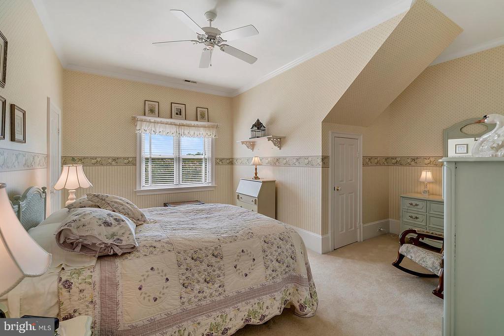 Bedroom #3 - 39655 SNICKERSVILLE TPKE, MIDDLEBURG