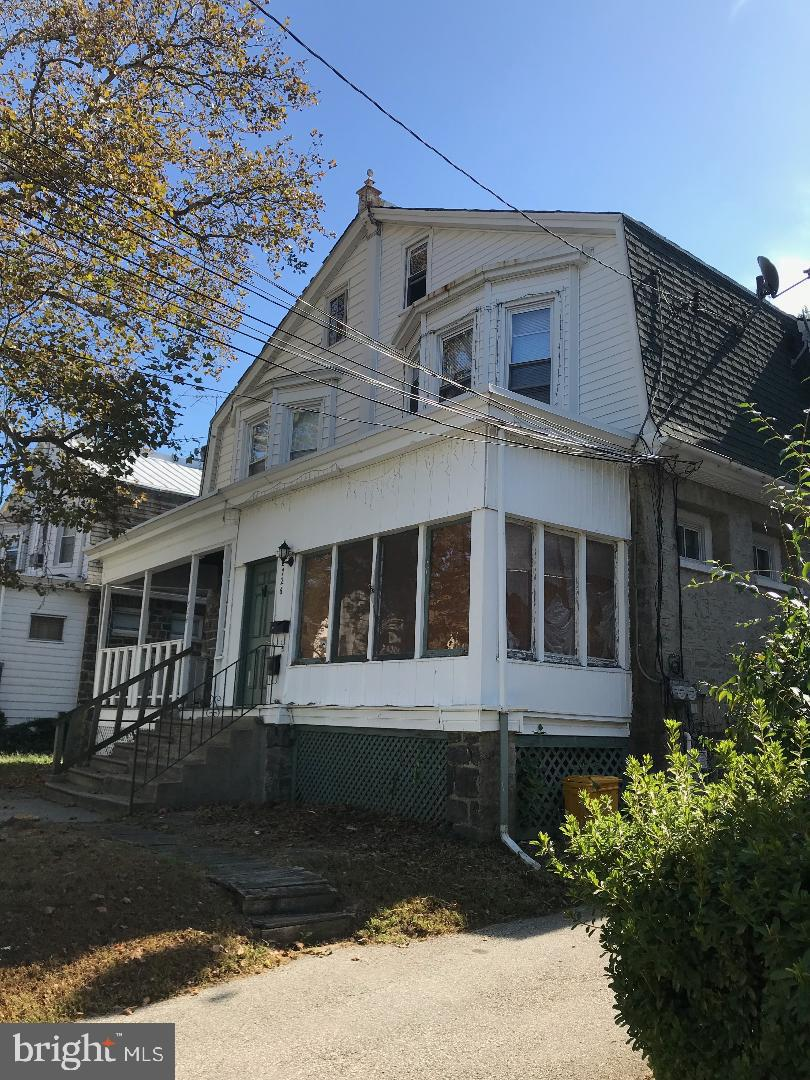 Duplex Homes for Sale at Collingdale, Pennsylvania 19023 United States