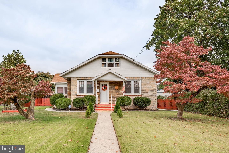 Single Family Homes pour l Vente à Beverly, New Jersey 08010 États-Unis