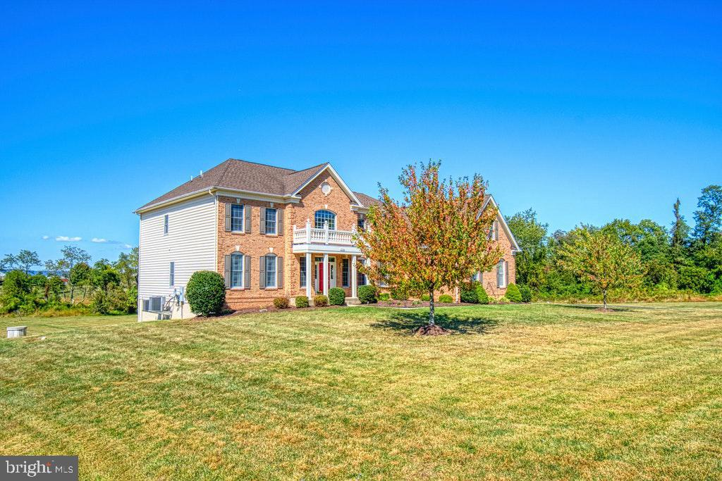 - 15500 BANKFIELD DR, WATERFORD