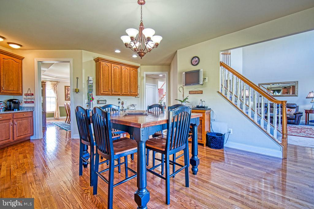 Breakfast area - 15500 BANKFIELD DR, WATERFORD
