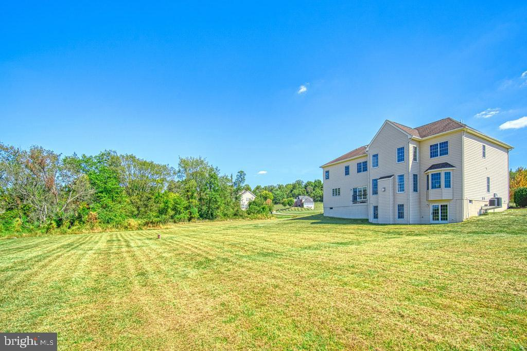 Room to roam on 4.36 acres - 15500 BANKFIELD DR, WATERFORD