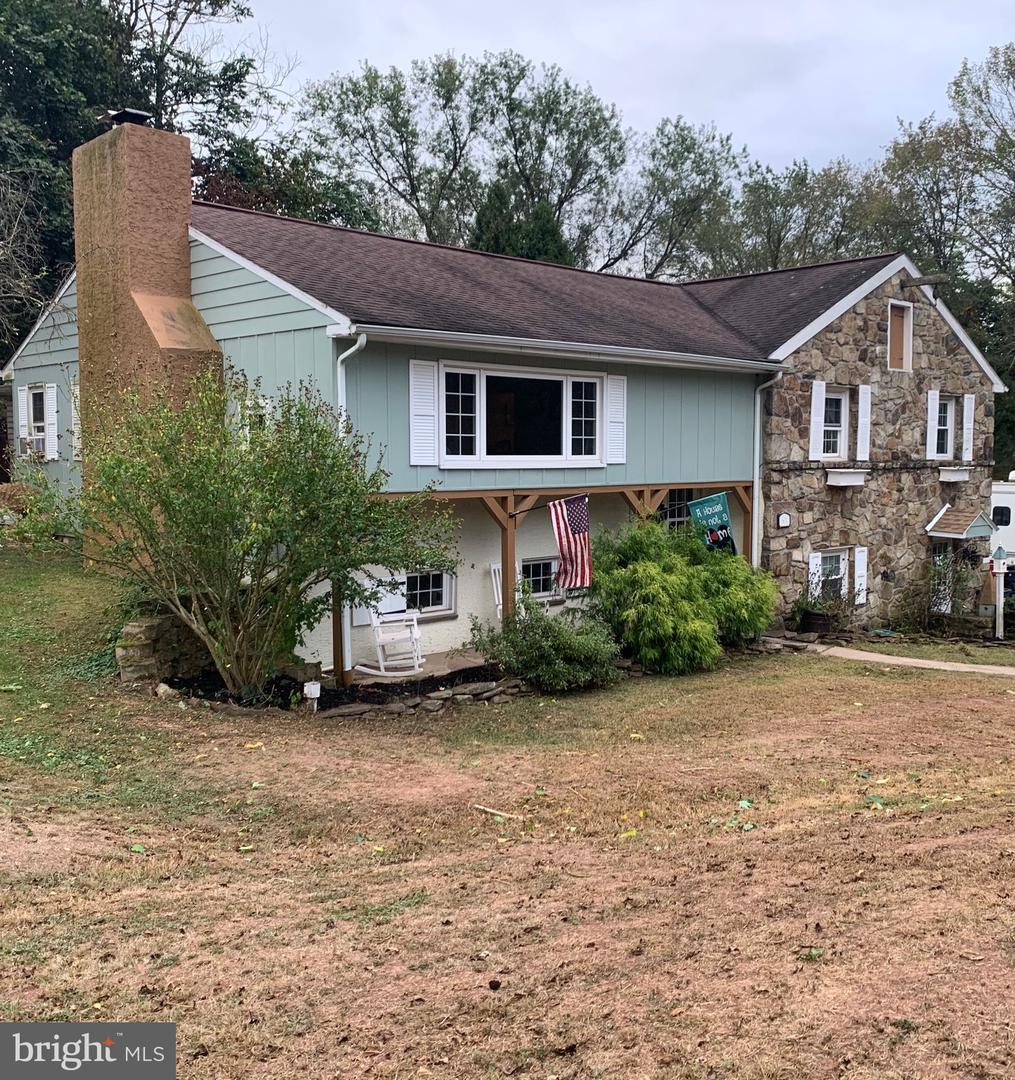 Single Family Homes para Venda às Schwenksville, Pensilvânia 19473 Estados Unidos