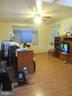 spacious and open fam rm on main lvl - 7403 RADCLIFFE DR, COLLEGE PARK