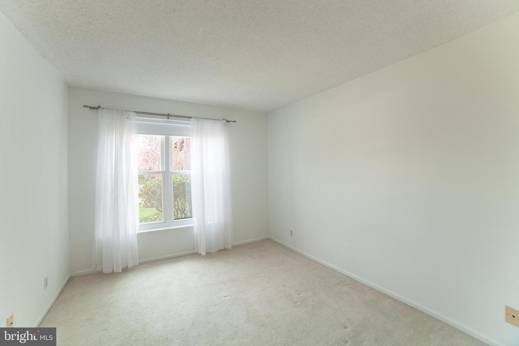 2nd Bedroom - 2100 LEE HWY #146, ARLINGTON