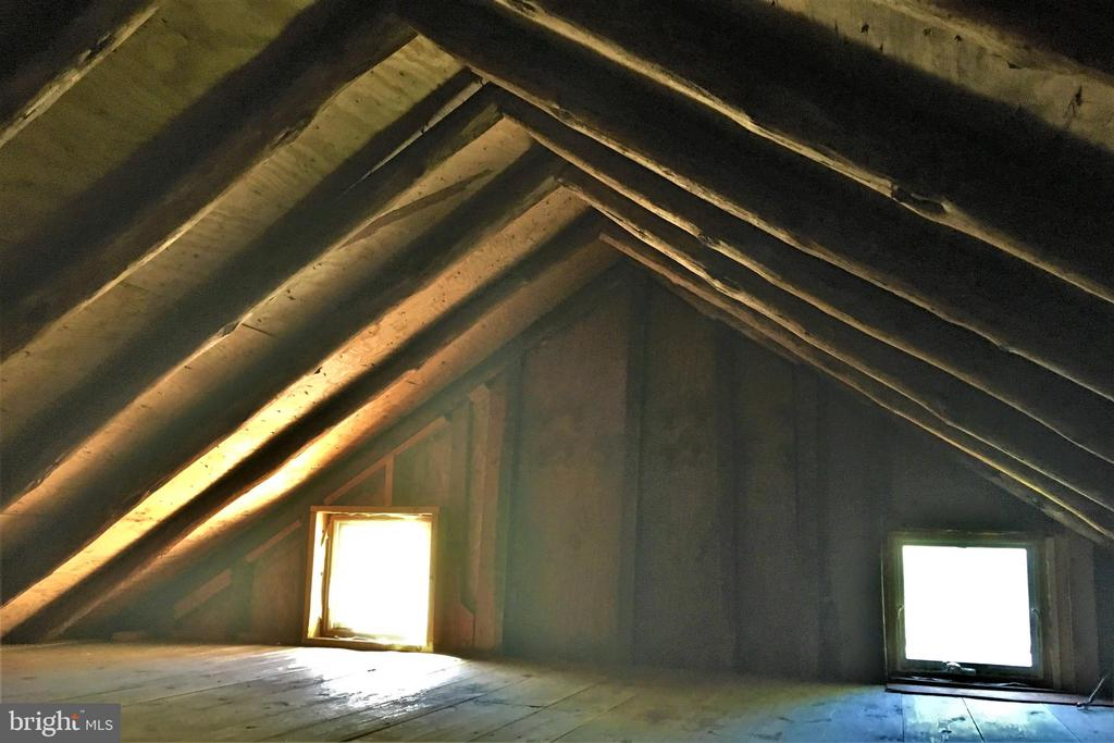 Attic in the original part of the home - 21 ANNIES LN, SPERRYVILLE