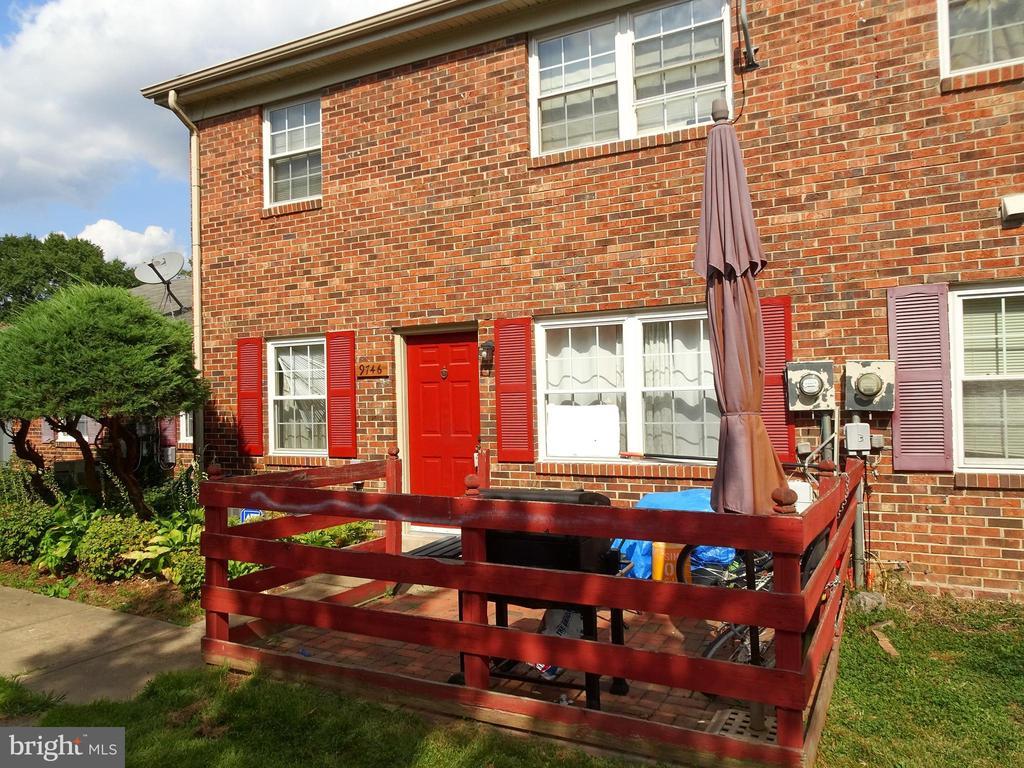 Exterior Front - 9746 HAGEL CIR #E, LORTON