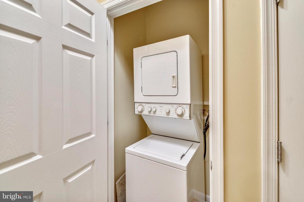 Washer and dryer in unit - 22641 BLUE ELDER #201, ASHBURN
