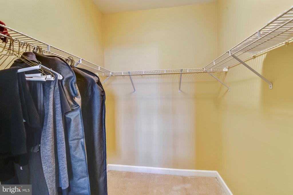 Walk in closet - 22641 BLUE ELDER #201, ASHBURN