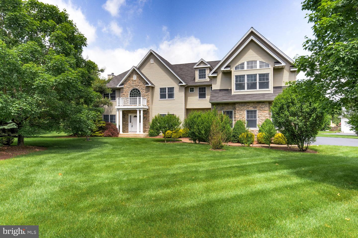 Single Family Homes per Vendita alle ore Princeton Junction, New Jersey 08550 Stati Uniti