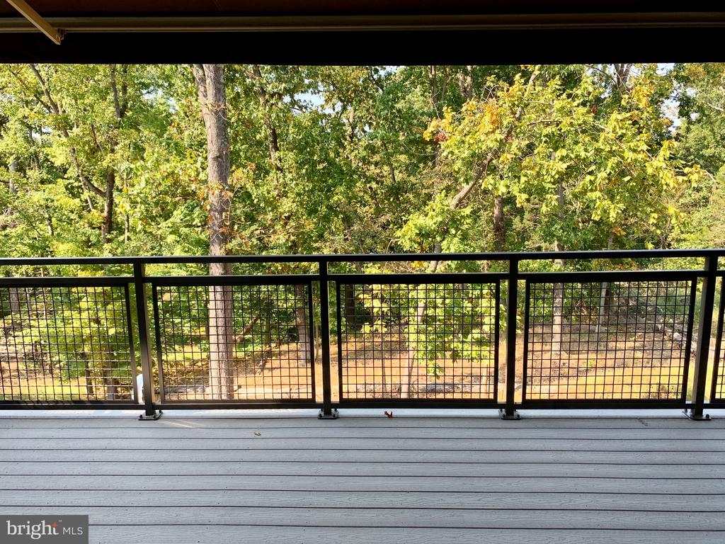 10 foot deck off the Morning Room with Awning - 4904 TRAIL VISTA LN, CHANTILLY