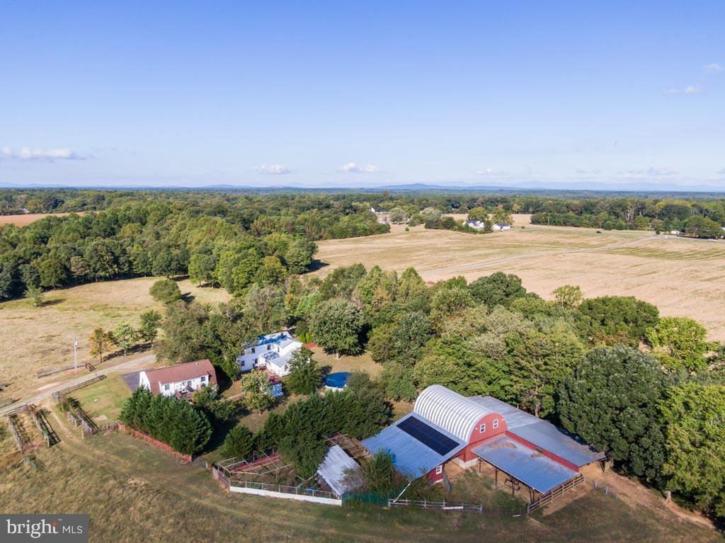 - 10455 WHISPER FARM LN, LOCUST GROVE
