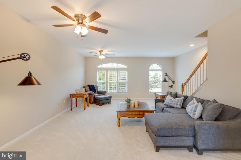 - 24724 CLOCK TOWER SQ, ALDIE