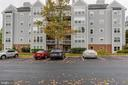 So much parking just outside your home - 10248 APPALACHIAN CIR #1-A3, OAKTON