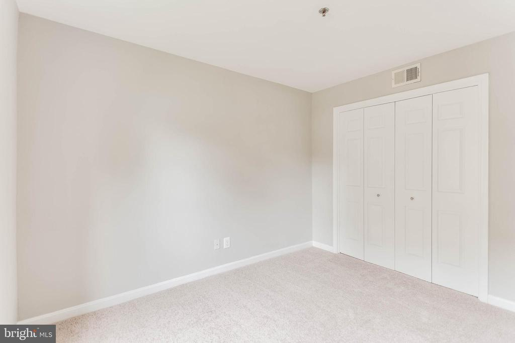 Good closet space in 2nd bedroom - 10248 APPALACHIAN CIR #1-A3, OAKTON