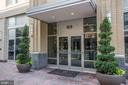 Building Entrance - 1020 N HIGHLAND ST #524, ARLINGTON