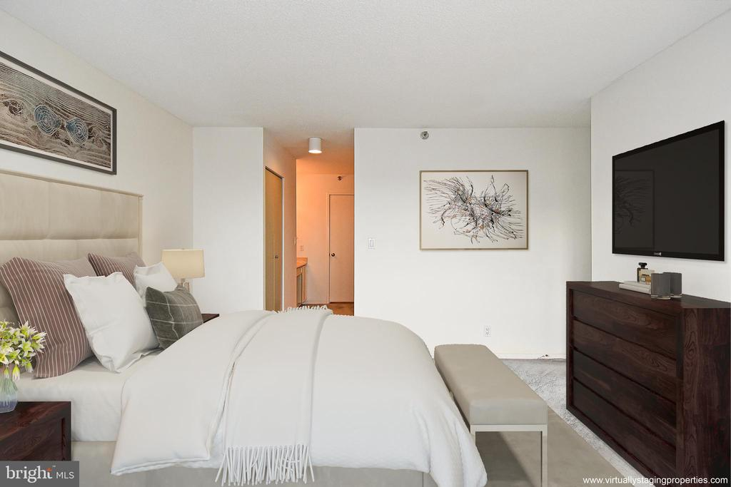 Another view of MBR...Lots of space - 900 N STAFFORD ST #2430, ARLINGTON