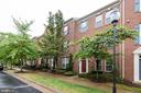 Exterior Front - 2229 POTOMAC CLUB PKWY #32, WOODBRIDGE