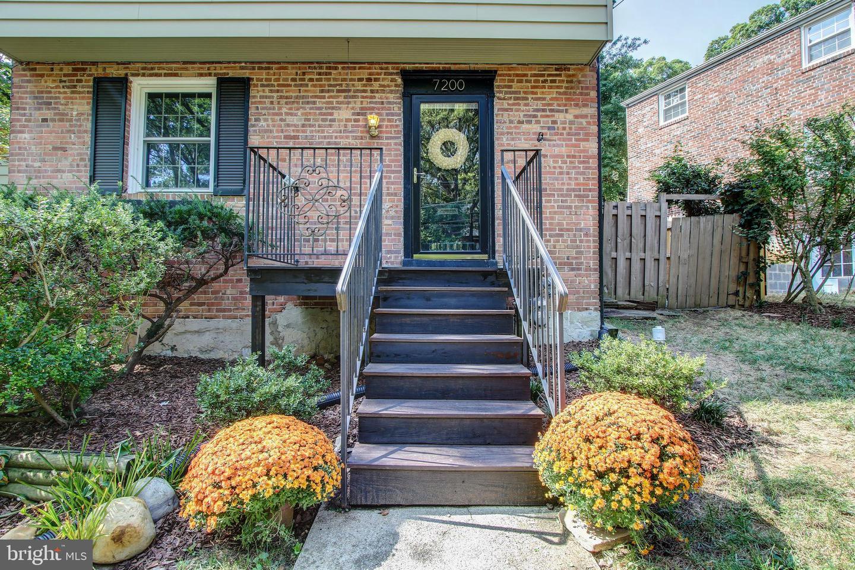 Single Family Homes vì Bán tại Takoma Park, Maryland 20912 Hoa Kỳ