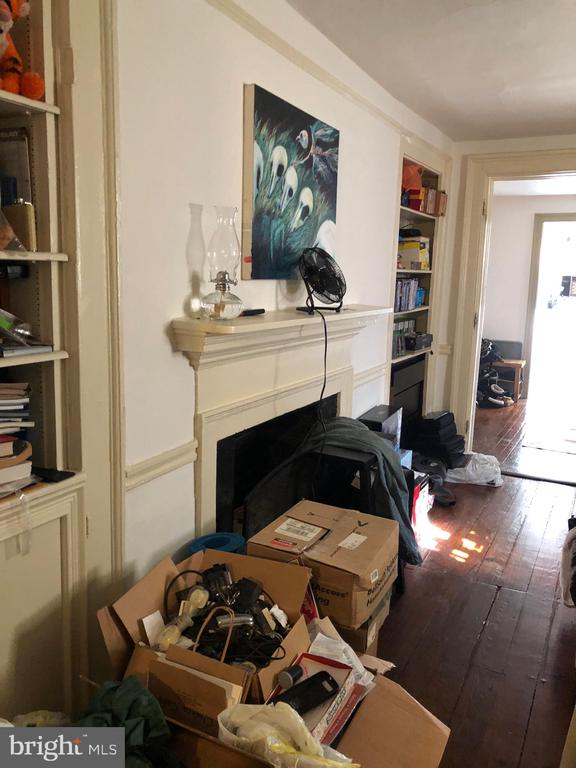 Second floor appartment - 220 S WASHINGTON ST, ALEXANDRIA