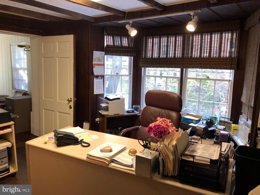 Office - 220 S WASHINGTON ST, ALEXANDRIA