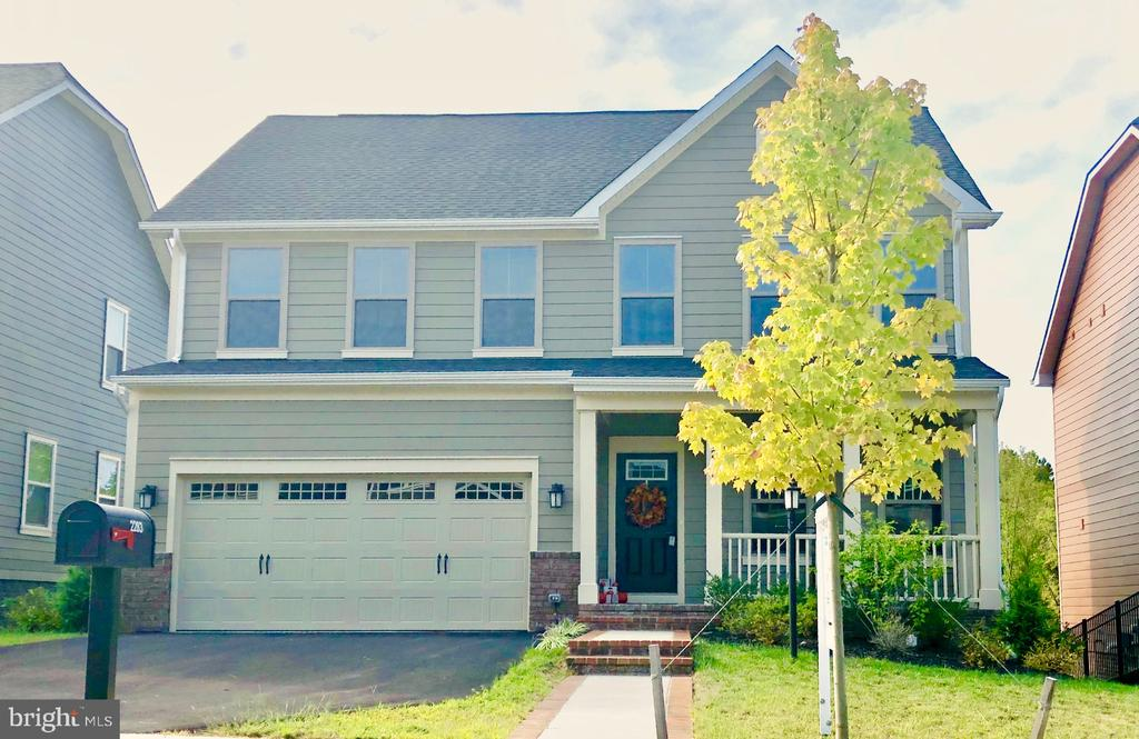 1-year-old Venice w/morning room level lot! - 2283 RIVER BIRCH RD, DUMFRIES