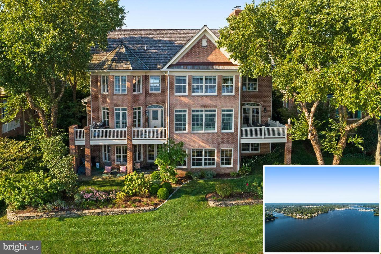 Single Family Homes vì Bán tại Edgewater, Maryland 21037 Hoa Kỳ
