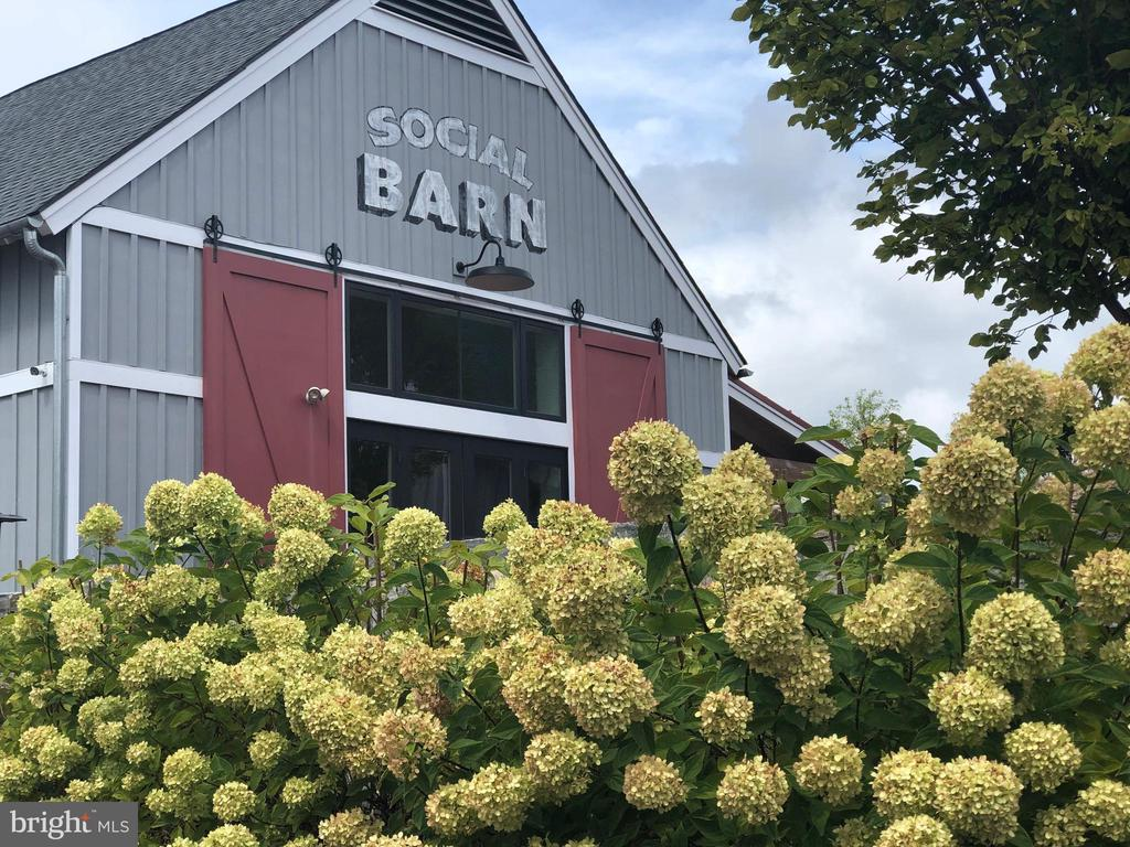 The Social Barn is the heart of community - 2283 RIVER BIRCH RD, DUMFRIES