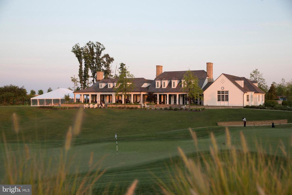 The Potomac Shores Golf Club & Tidewater Grill - 2283 RIVER BIRCH RD, DUMFRIES