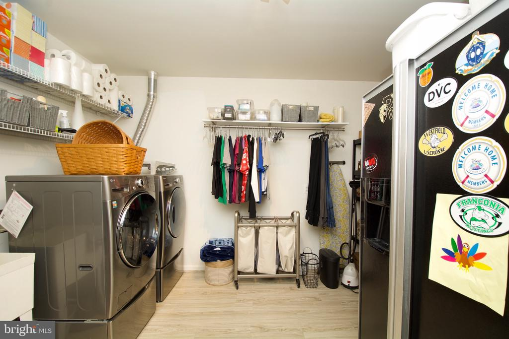 Large Front loading washer/dryer and 2nd fridge - 5793 VALLEY VIEW DR, ALEXANDRIA
