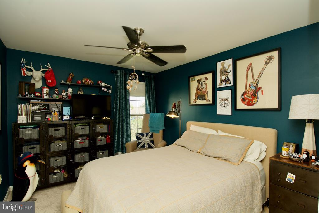 1 of 5 total bedrooms - 5793 VALLEY VIEW DR, ALEXANDRIA