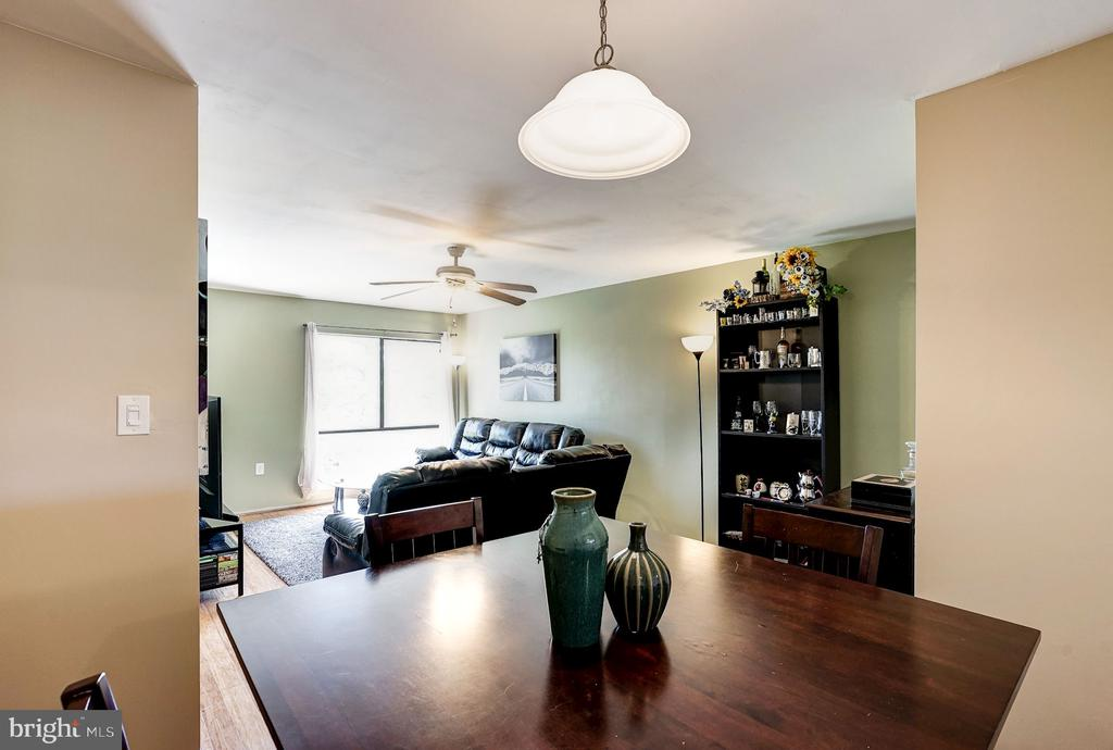 Dining - Truly a Separate Space Away from Liv'g Rm - 5758 VILLAGE GREEN DR #F, ALEXANDRIA