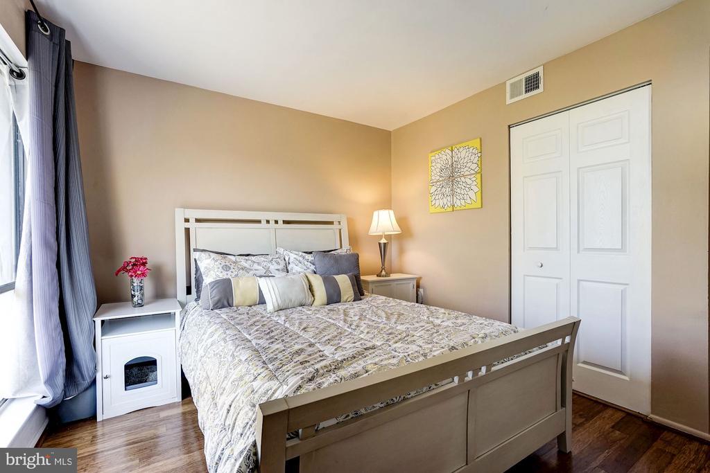 Bedroom #2 - 5758 VILLAGE GREEN DR #F, ALEXANDRIA