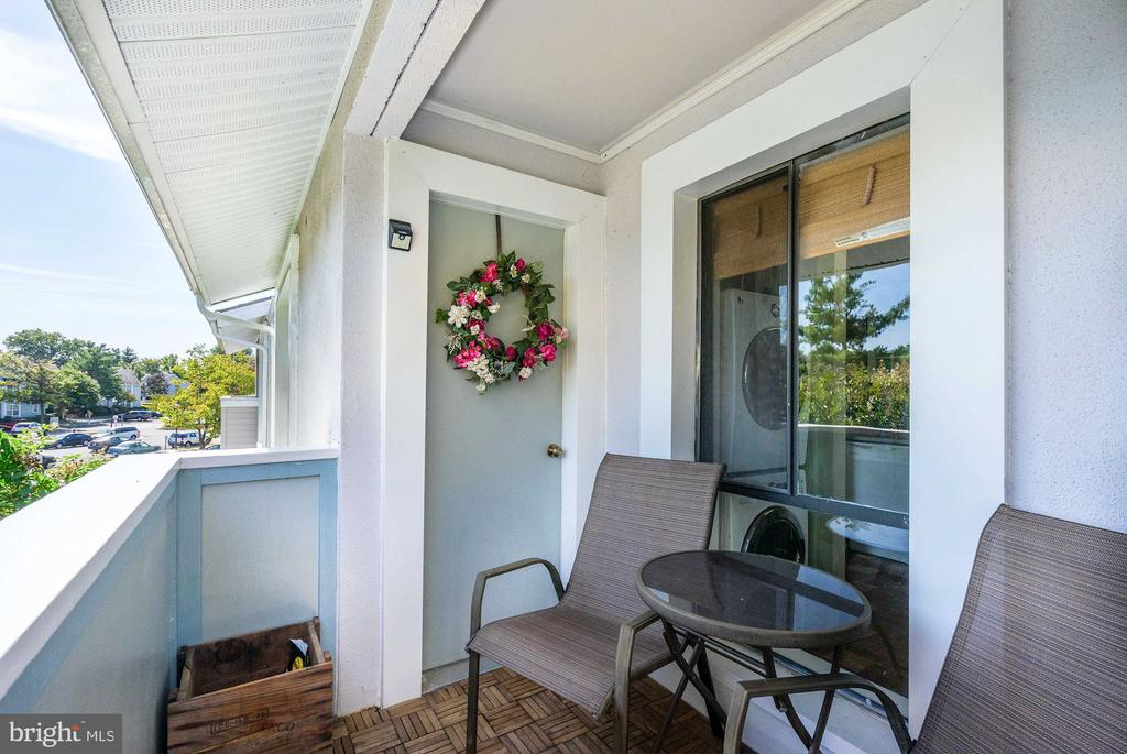 Balcony - A Table & Chairs Fit Nicely Out There! - 5758 VILLAGE GREEN DR #F, ALEXANDRIA