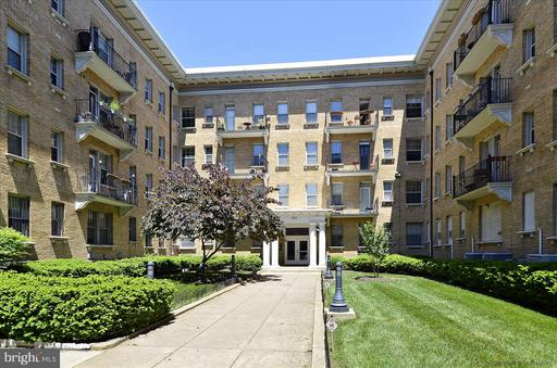 1401 COLUMBIA RD NW #204