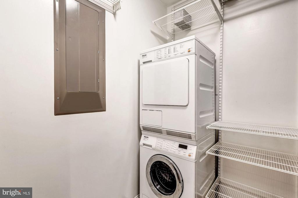 Laundry Room with Extra Storage - 1881 N NASH ST #510, ARLINGTON