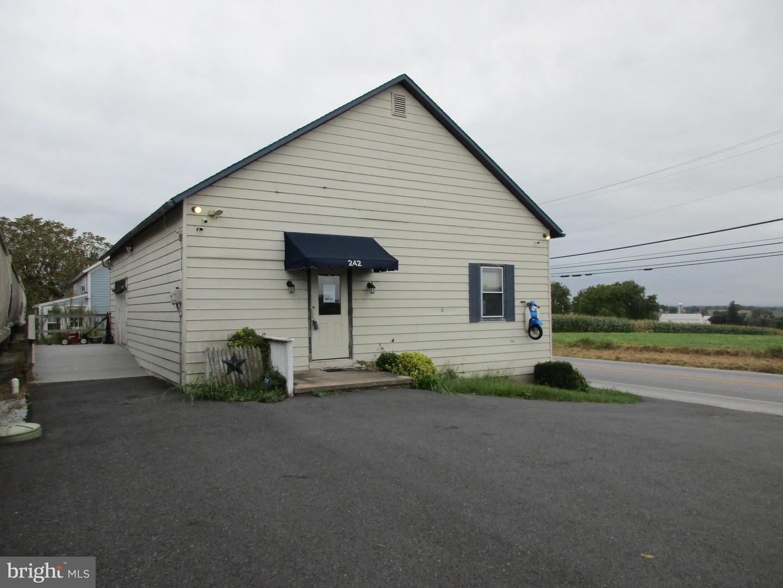 Single Family Homes för Försäljning vid Ronks, Pennsylvania 17572 Förenta staterna