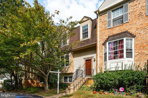 Property for sale at 6141 Green Hollow Ct, Springfield,  Virginia 22152